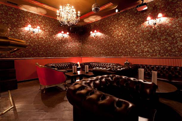 lounge-bar - club sofa stock-fotos und bilder