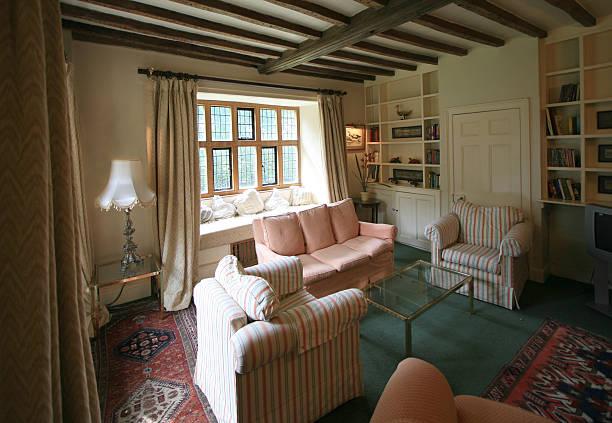 lounge zimmer in eine elisabethanische country house, großbritannien - teppich englisch stock-fotos und bilder