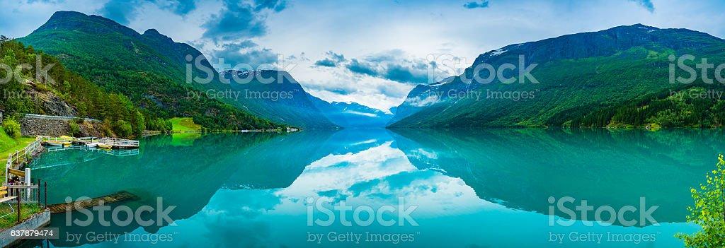 lovatnet lake Beautiful Nature Norway. – Foto