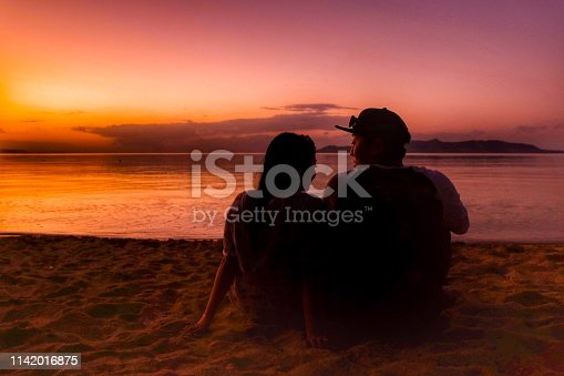 910783248 istock photo love and romance at the beach 1142016875