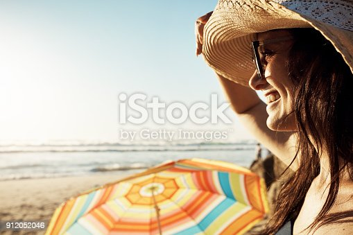 578302556 istock photo I love coming to the beach 912052046
