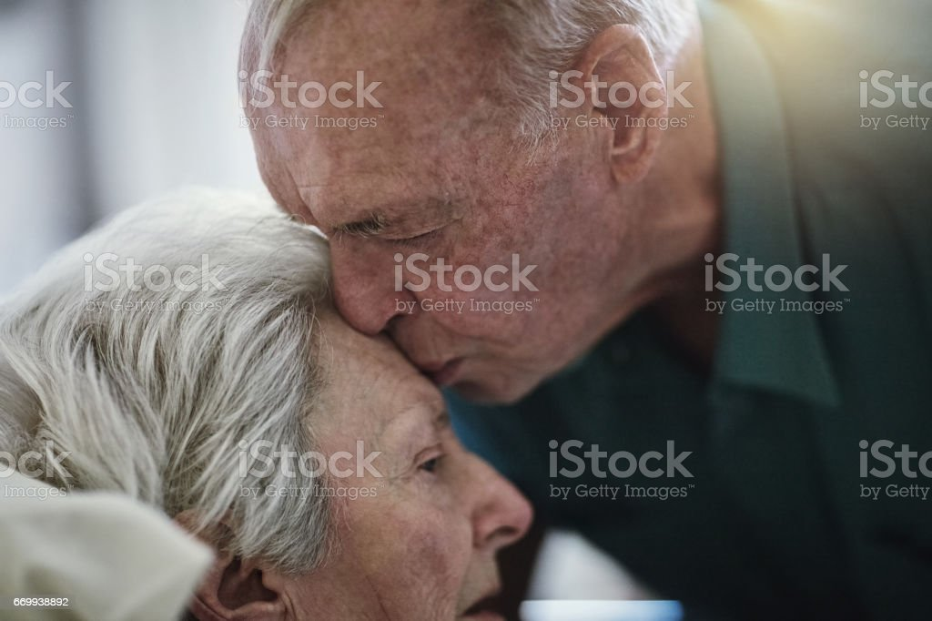 Amor es la eterna - foto de stock