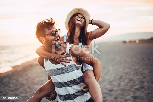 istock Love is the best 672865682