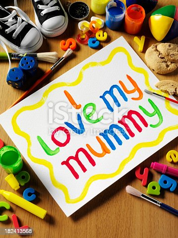 istock I Love Mummy for Mother's Day 182413568