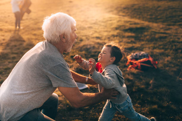 ich liebe mein großvater! - taschen von liebeskind stock-fotos und bilder