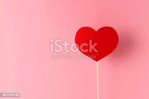 istock Love 901078136