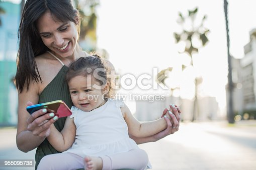 istock Love playing games. 955095738