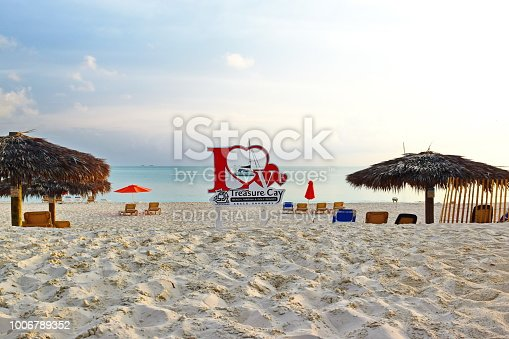 istock Love sign on the beach of Treasure Cay, Greater Abaco, Bahamas 1006789352