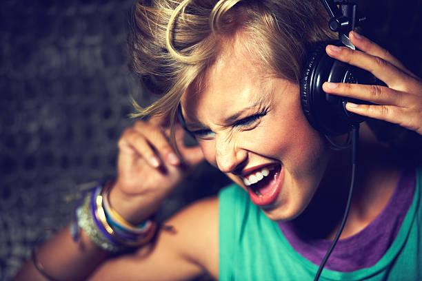 J'adore cette chanson ! - Photo