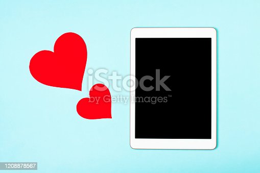 898149690 istock photo Love to tablet 1208878567
