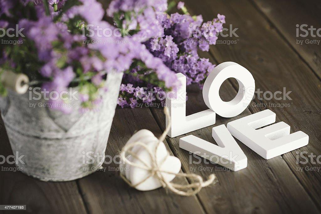 Liebe Worte und Blumen – Foto