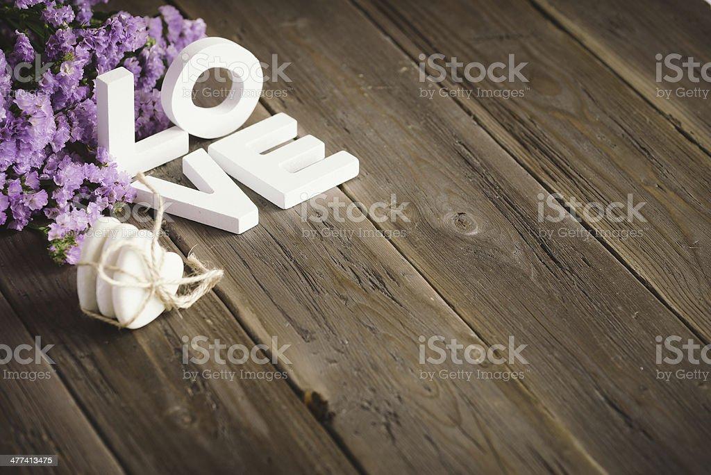 Liebe Worte und Blumen mit CopySpace – Foto