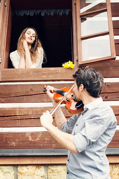 Piękny para Flirtować – zdjęcie