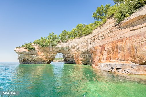 627263082istockphoto Lovers Leap, Pictured Rocks National Lakeshore, MI 545438476