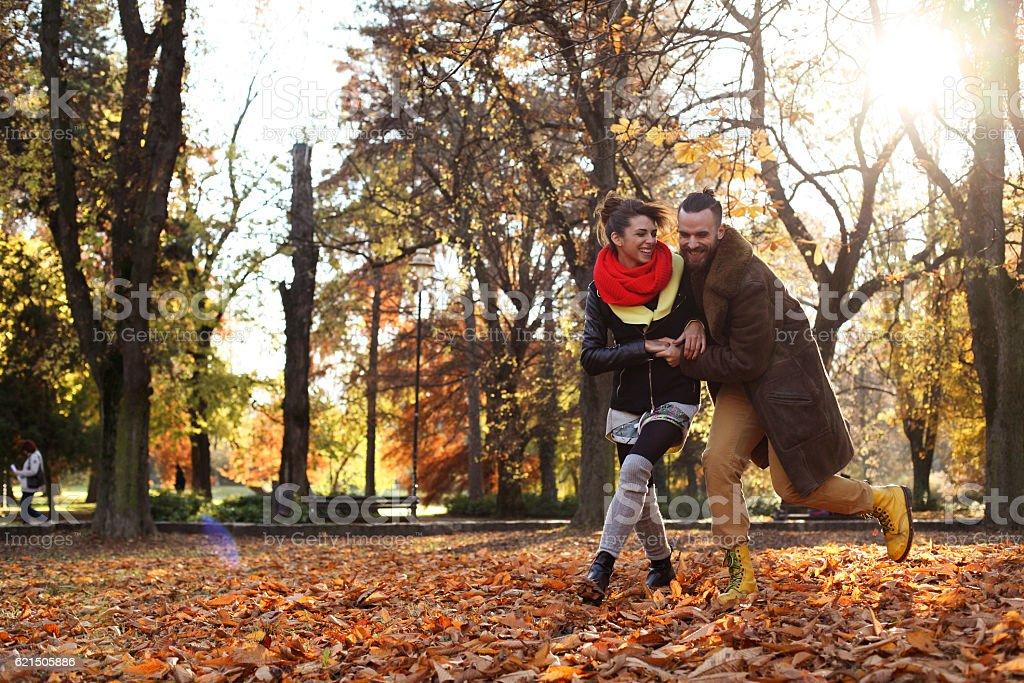Coppia di innamorati al Parco. foto stock royalty-free