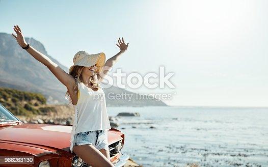 966263130 istock photo Loving life and feeling free 966263130