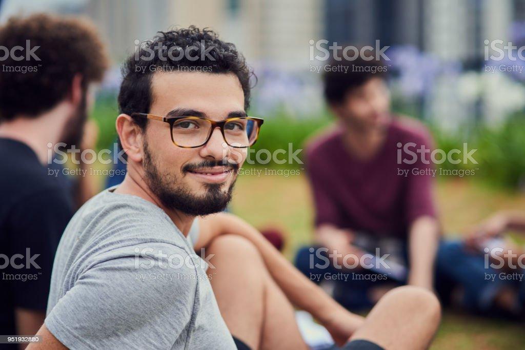 Amantes da vida no campus - foto de acervo