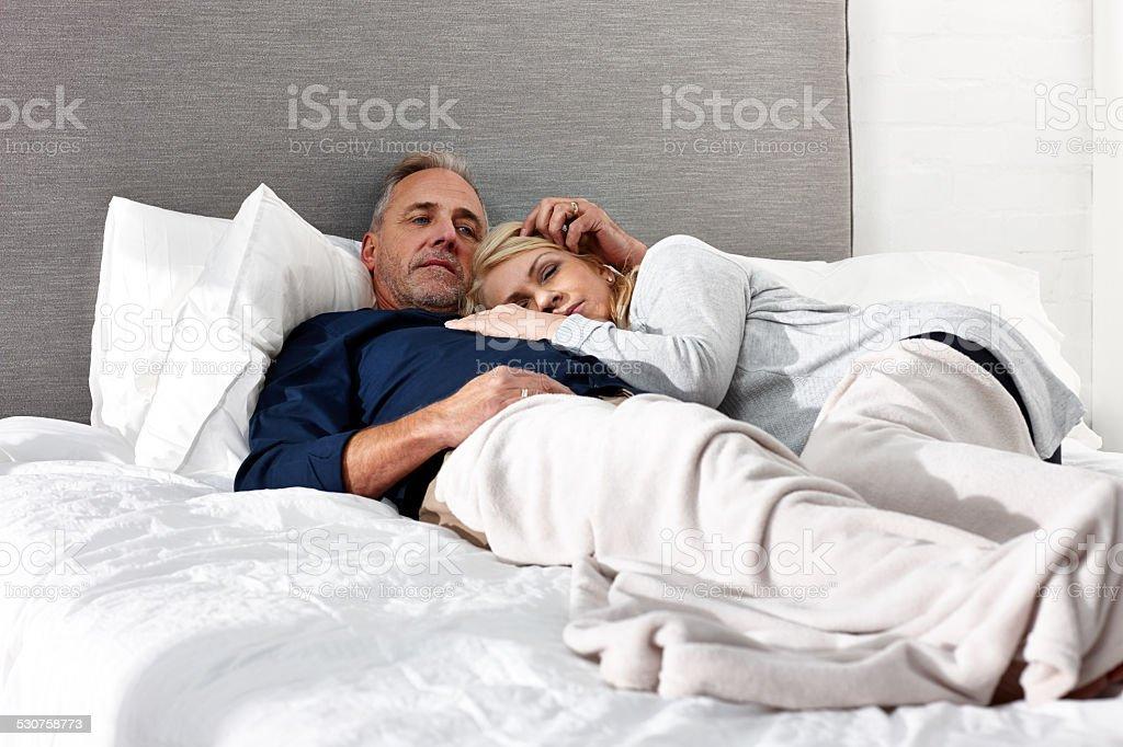 Русская зрелая пара в домашнем
