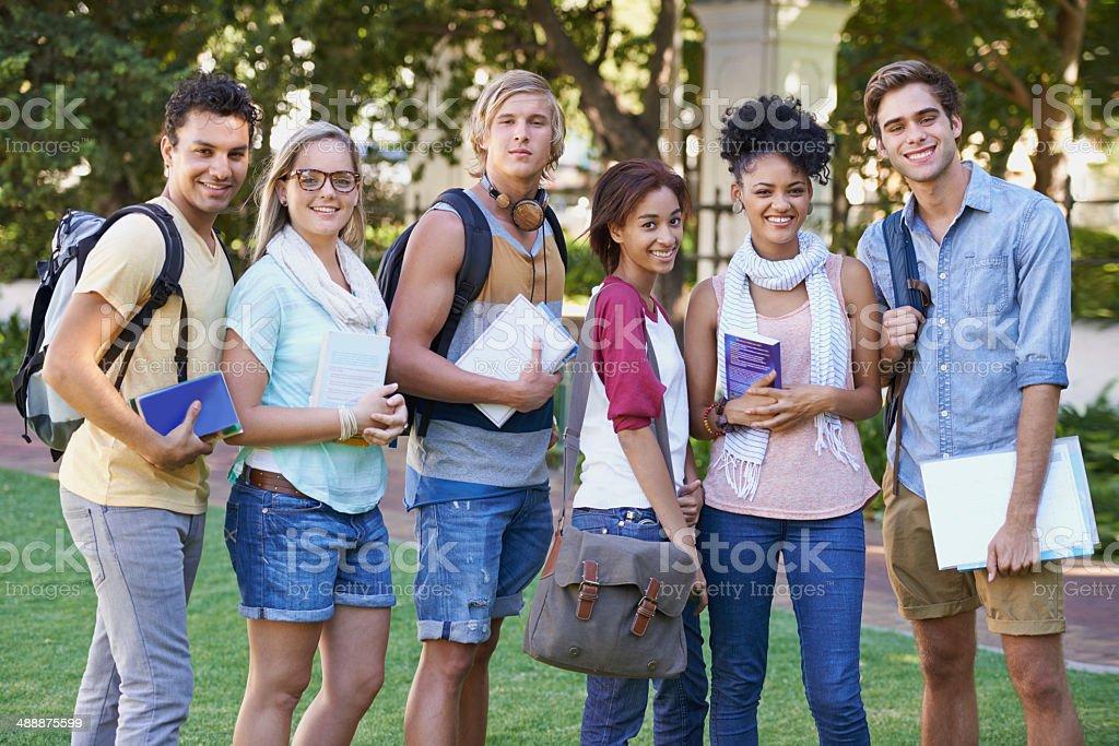 Loving nossa faculdade anos! - foto de acervo