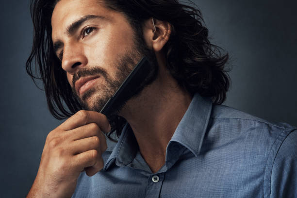 사랑 하는 수염 난된 모습 - 턱수염 뉴스 사진 이미지