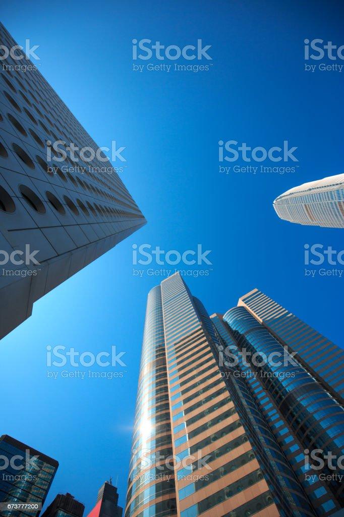 Faible angle de hauts bâtiments ministériels. photo libre de droits