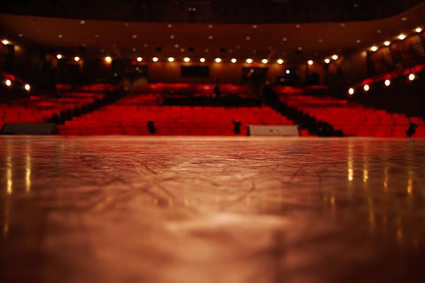 low angle view vom theater bühne auf die plätze - stage musical stock-fotos und bilder