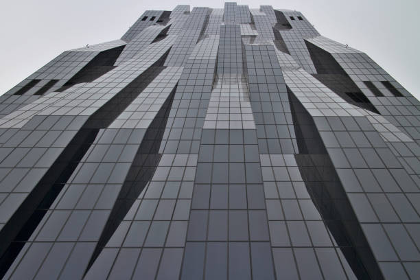 low angle view of the dc tower 1 - low angle view foto e immagini stock
