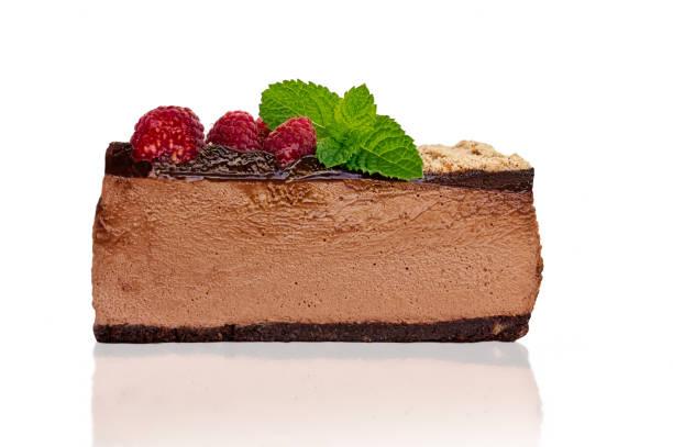 low carb schokolade käsekuchen stück - schokoladen käsekuchen törtchen stock-fotos und bilder