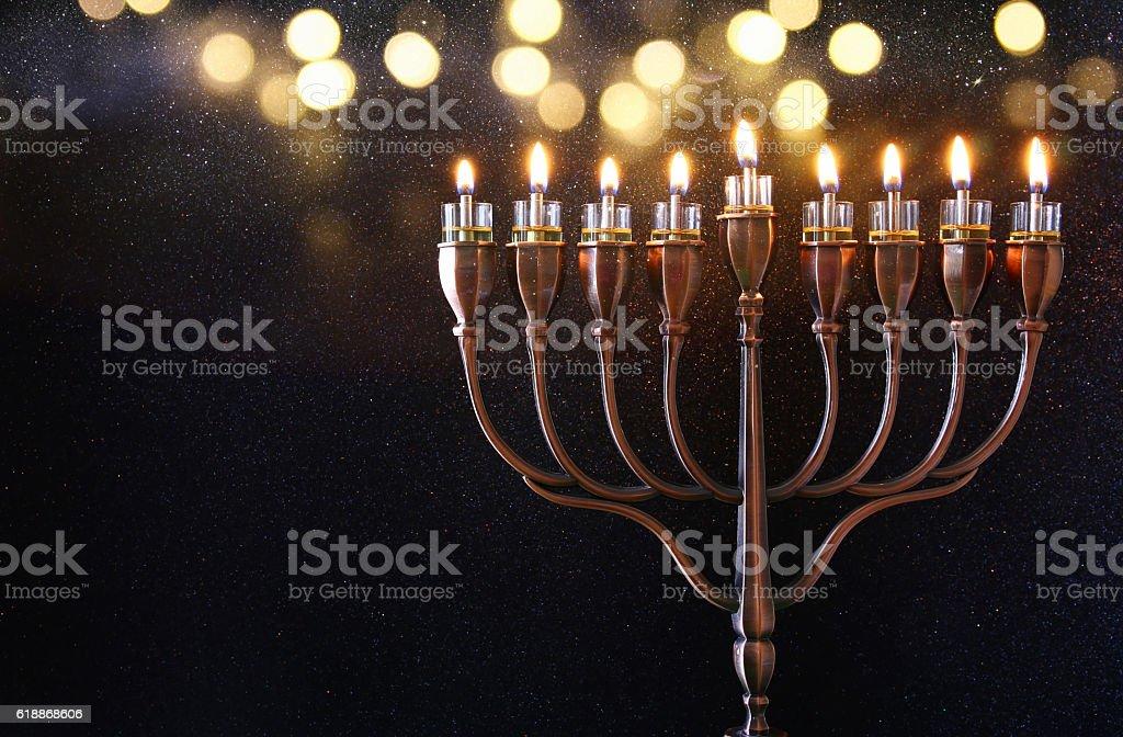 Low key Image of jewish holiday Hanukkah background - foto de stock