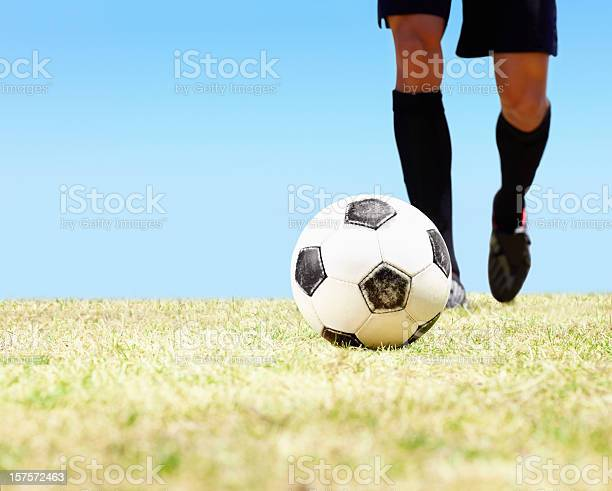 Low section of a footballer ready to kick the ball picture id157572463?b=1&k=6&m=157572463&s=612x612&h=bhduvnvonkcr2tytfoz0nts2bg0bopykeiazf0tsbc0=