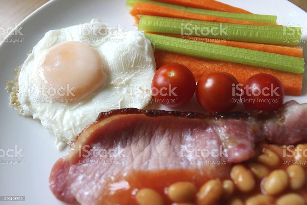 Faible En Calories Des Fritespetit Déjeuner Bacon œuf Poché Des
