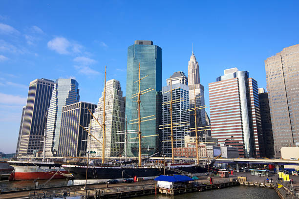 Lower Manhattan Lower Manhattan Seaport and Financial District in New York City south street seaport stock pictures, royalty-free photos & images
