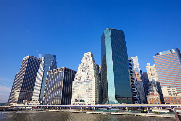 Lower Manhattan Skyscrapers along South Street in New York City Manhattan south street seaport stock pictures, royalty-free photos & images