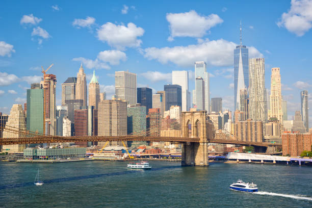 Lower Manhattan skyline New York City skyscrapers and Brooklyn Bridge, United States new york state stock pictures, royalty-free photos & images