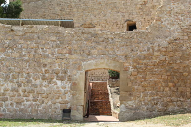 Terraza inferior del Castillo de Miravet, España - foto de stock