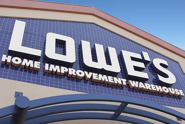 lowe's home improvement warehouse - dachschräge einrichten stock-fotos und bilder