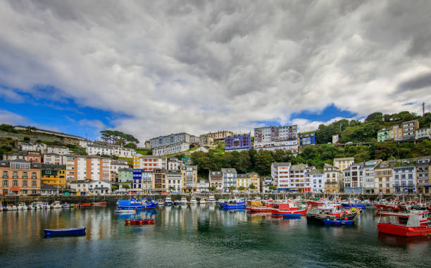 Luarca town Luarca is the principal town with fishing and pleasure port in the municipality of Valdes in Asturias, Spain. cantabria stock pictures, royalty-free photos & images