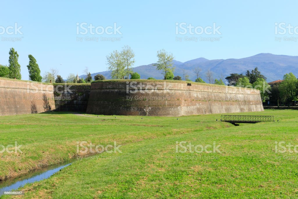 Lucca's city walls photo libre de droits