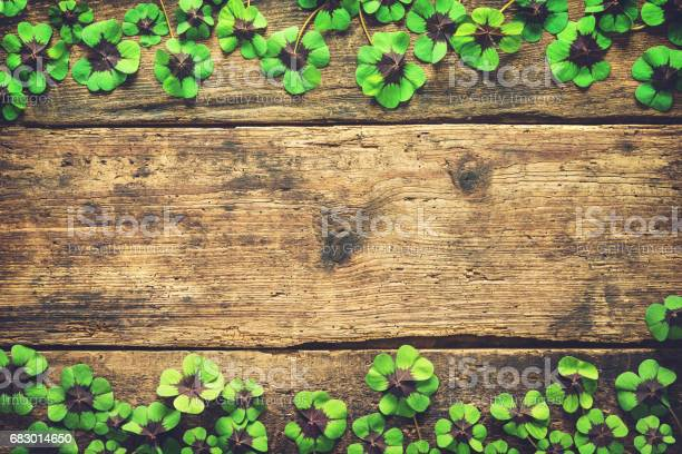 Lucky shamrock stpatricks day background picture id683014650?b=1&k=6&m=683014650&s=612x612&h=zphbhj3jkilgdqmdvvor0pmg5czegpg 60 mlte73tg=