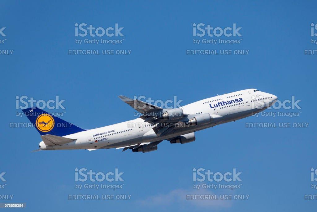 Lufthansa airlines Boeing 747