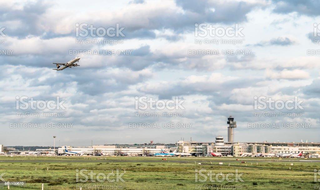 Avion Lufthansa à partir de l'aéroport Dusseldorf - Photo