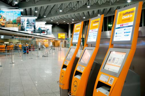 Flughafen Frankfurt Lufthansa Abflug Terminal