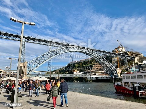 View of the Dom Luis or Luis I bridge spans the River Douro between the cities of Porto and Vila Nova de Gaia in Portugal.  It is 172 metres (564 ft)