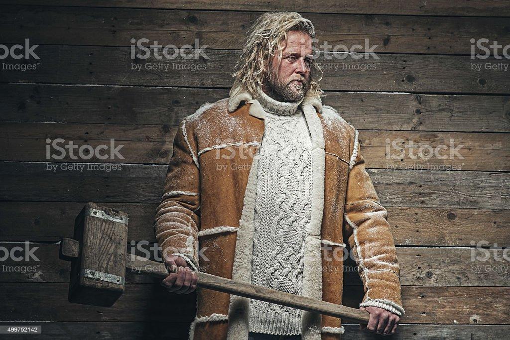 Holzfällerwintermode Mann Mit Langen Blonden Haar Und Bart Stock