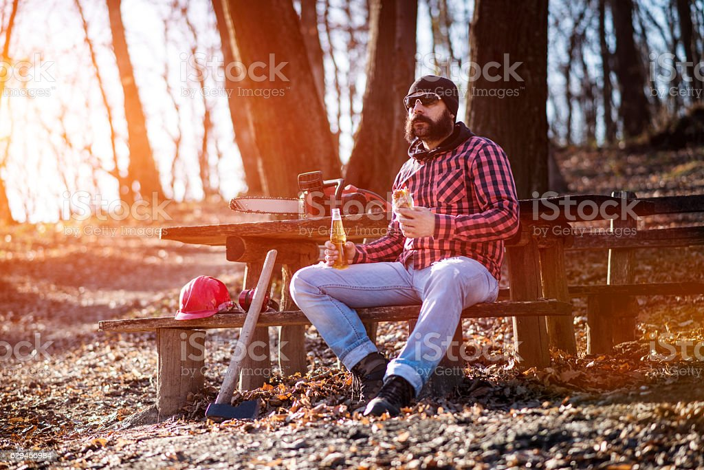 Lumberjack worker. Time for lunch – Foto