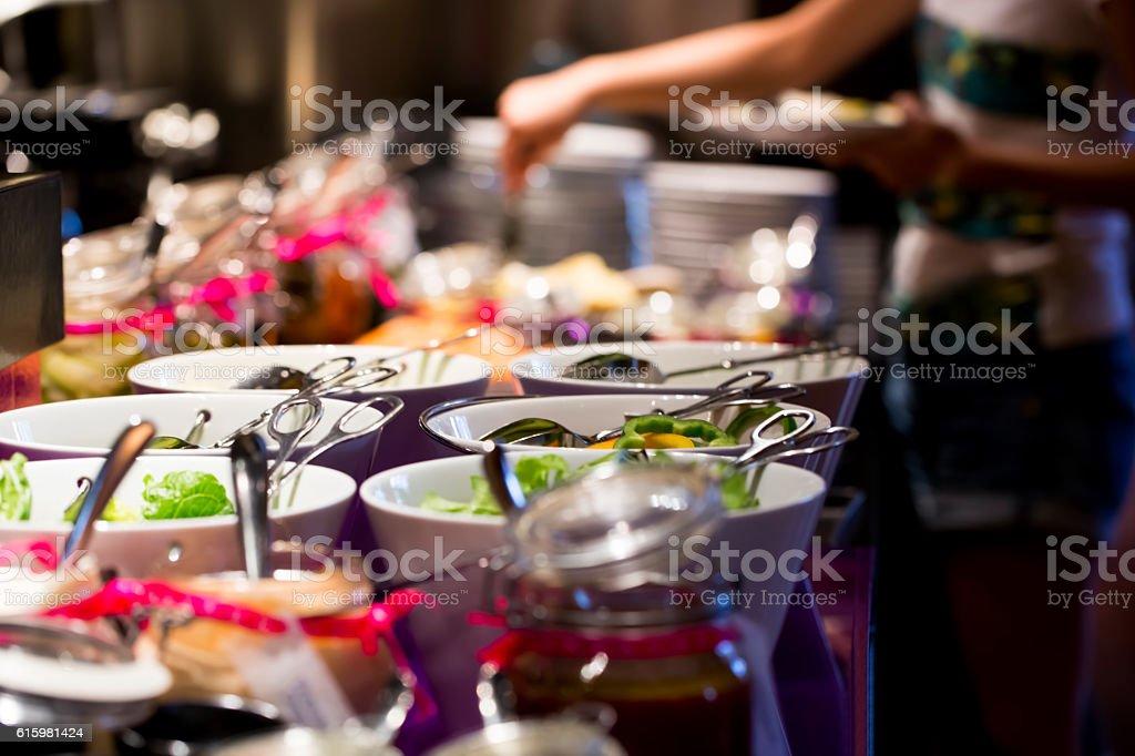 Mittagessen-buffet – Foto