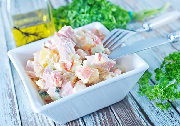 - salat - ananas huhn salate stock-fotos und bilder