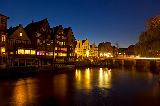 Luneberg harbour at night Historic harbour of Luneberg lüneburg stock pictures, royalty-free photos & images