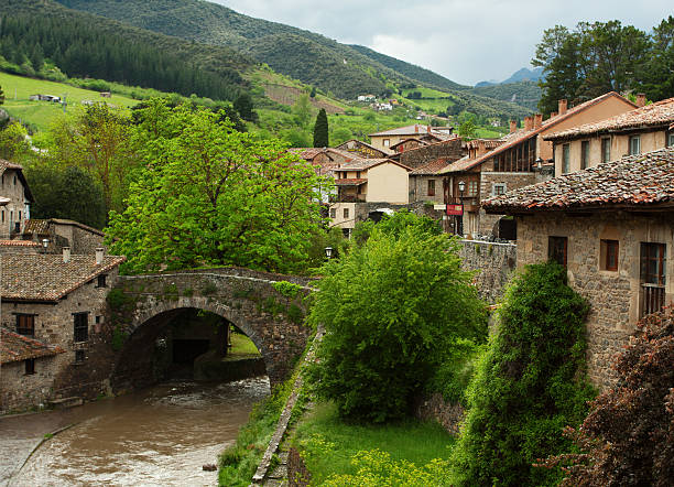Luscious green potes and Chanals Potes  after the rain, Spain. cantabria stock pictures, royalty-free photos & images