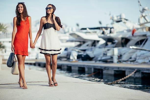 Luxuriöse Leben für zwei Frauen – Foto